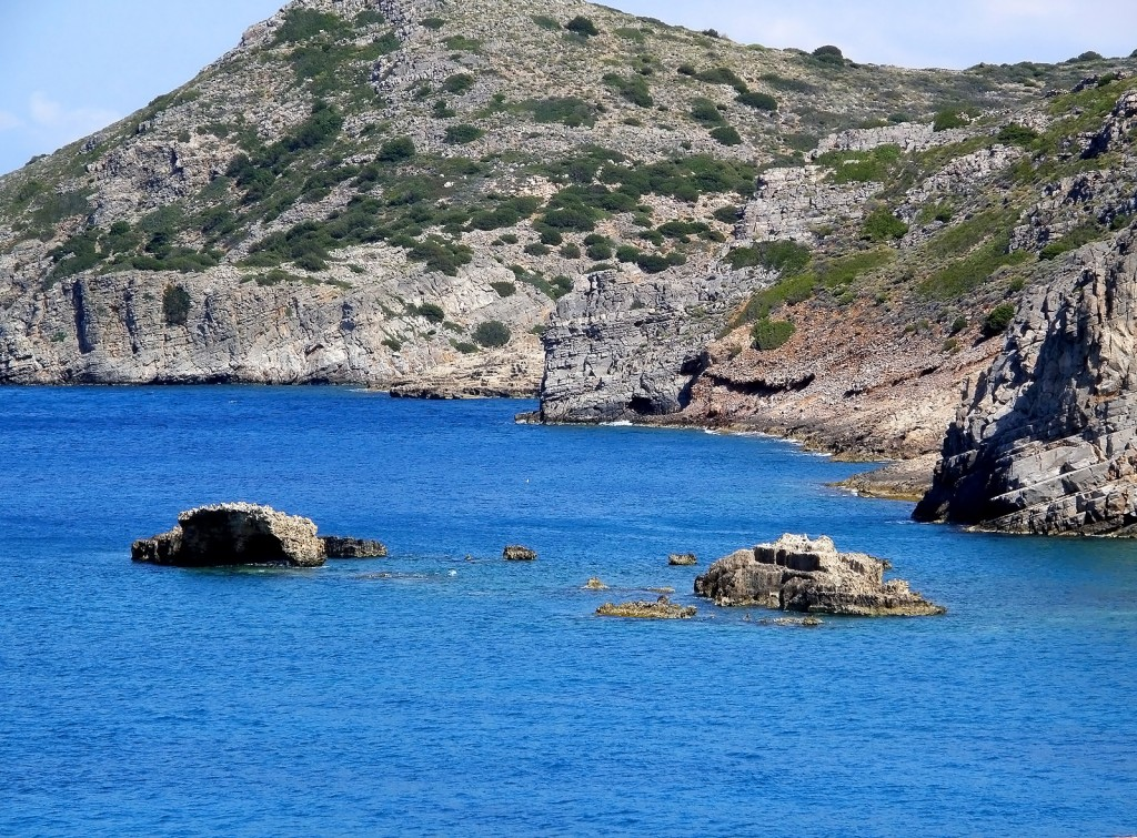 В каком море образуется асфальт?