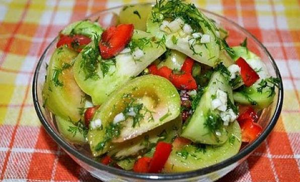 Маринованные зеленые помидоры с чесночком