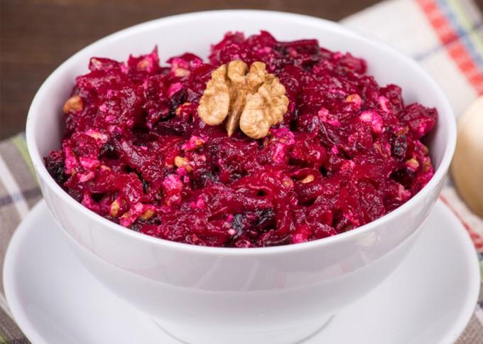 Салат из красной свеклы