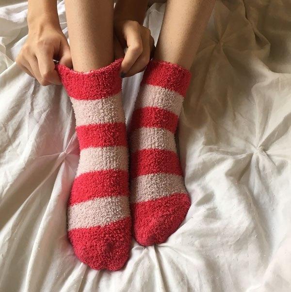 Что происходит с нашим мозгом, если спать в носках