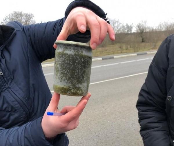 В Крыму задержали машину с ч…