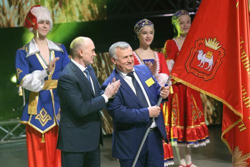 Борис Дубровский и Анатолий Литовченко поздравили лучших работников АПК