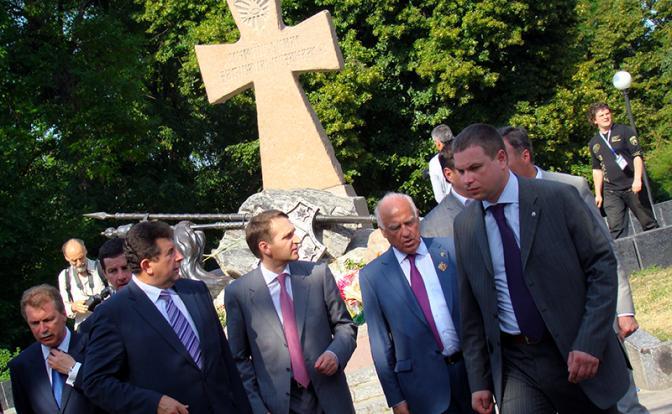 Россия не теряла Украину, она сдала ее со своим прошлым