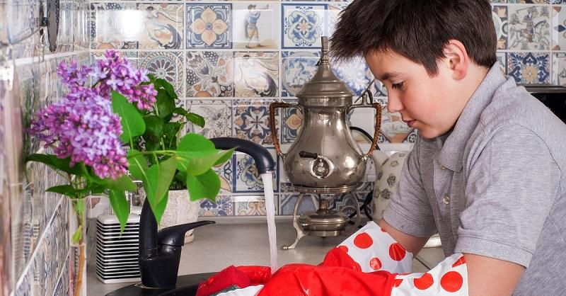 как мыть посуду в детском саду