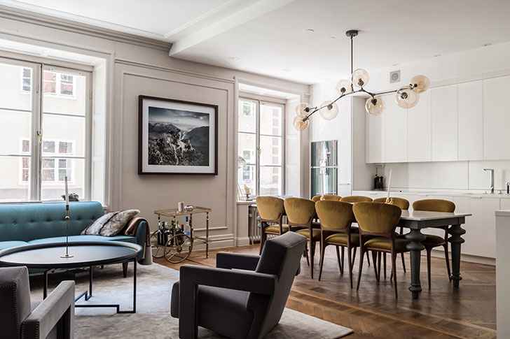 Картины, постеры, фотографии: современная квартира со стильным настенным декором