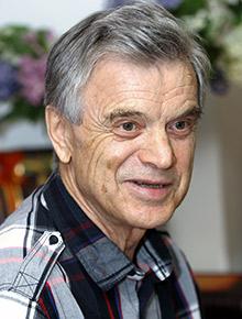 Руслан Хасбулатов