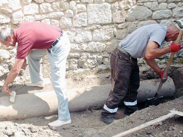 Древние солнечные часы крымского хана нашли на бахчисарайском кладбище