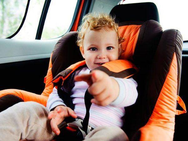 Все пассажиры замерли в ожидании ответа. То, что отец сказал сыну, довело до слез весь автобус!