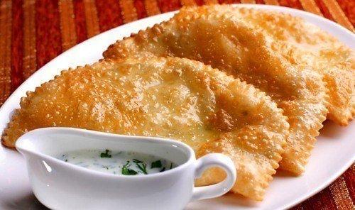 СЕКРЕТЫ ВКУСНЫХ ЧЕБУРЕКОВ  5 секретов знаменитого блюда раскрывает самый дорогой повар столицы!