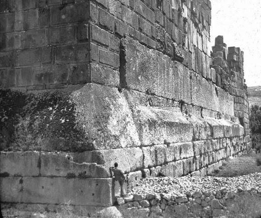 baalbeck-megaliths-corner-shot