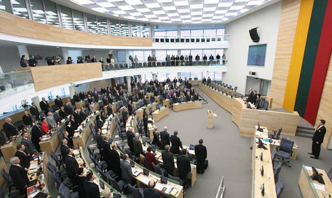 На Украину приедет еще больше военных инструкторов из Литвы — решение Сейма