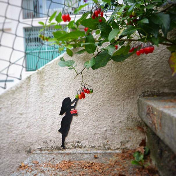 Сбор ягод вандализм, граффити, инсталляция, искусство, мир, творчество, улица, художник