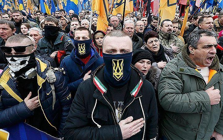 """На Украине понятие """"Великая Отечественная"""" заменили """"Второй мировой"""", а к настоящим ветеранам приравняли """"героев"""" Майдана"""