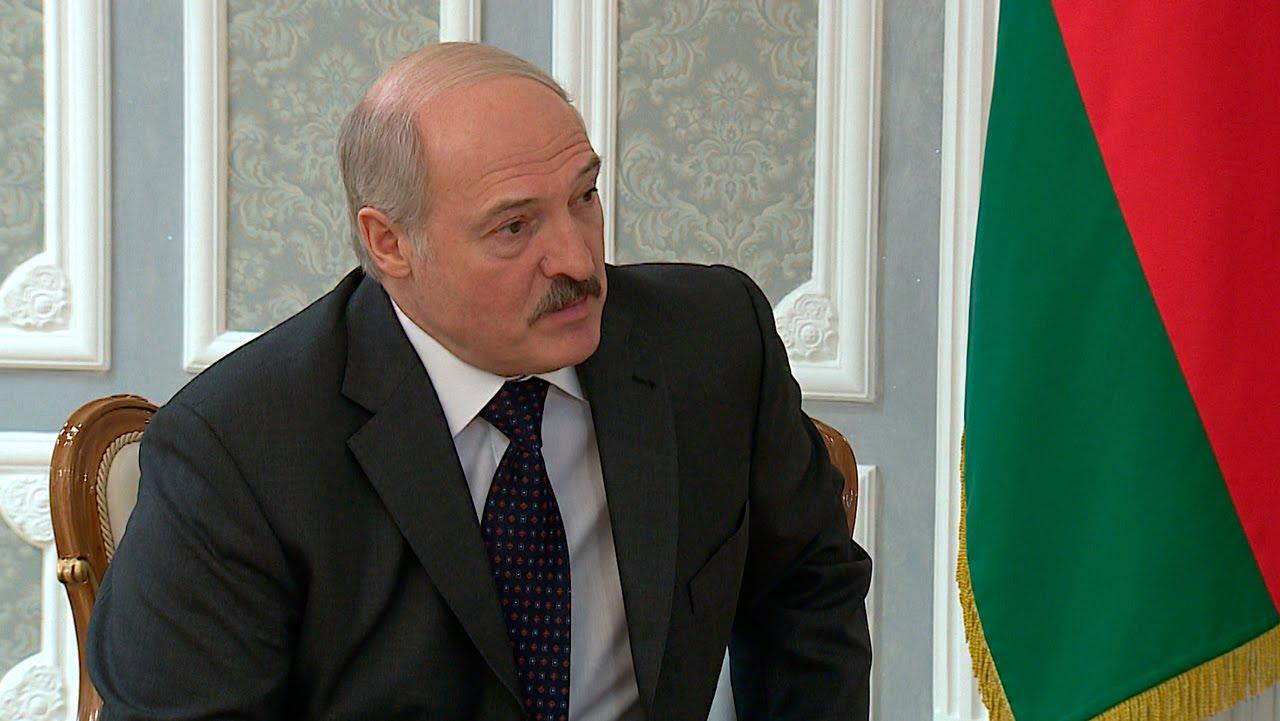 Лукашенко выразил соболезнования в связи с трагедией в керченском колледже