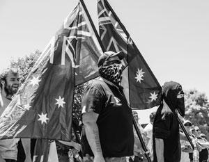 Сенат Австралии отказался считать, что «быть белым нормально»