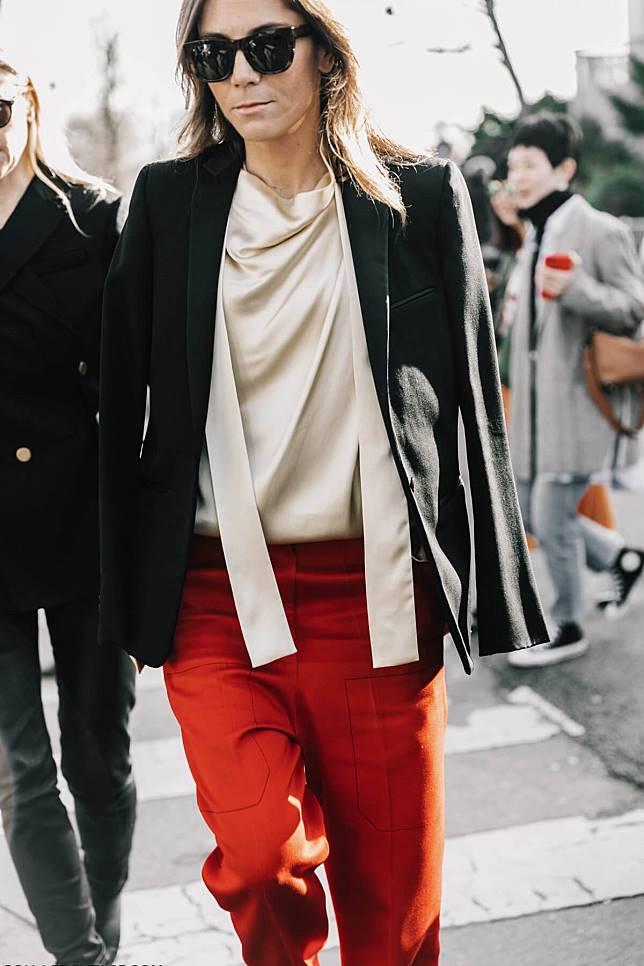 Картинки по запроÑу silk pants 2017 street style