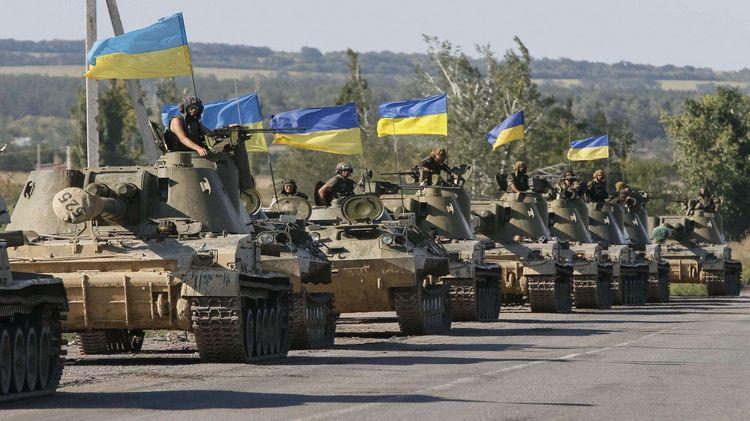 Украина играет роль жертвы перед Западом, вновь и вновь нанося удары по ЛНР и ДНР