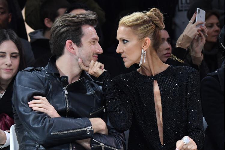 Селион Дион вызвала ажиотаж: на пару со своим спутником осмеяна публикой на Неделе моды