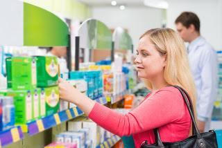 Употребление аптечного крема и мази для шикарной кожи