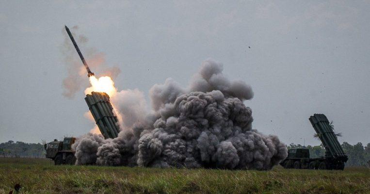 Технику России ценит весь мир: США разочаровались в своей мощи
