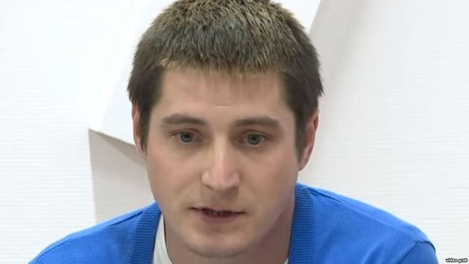 Похищенный в Чечне гей дал о…