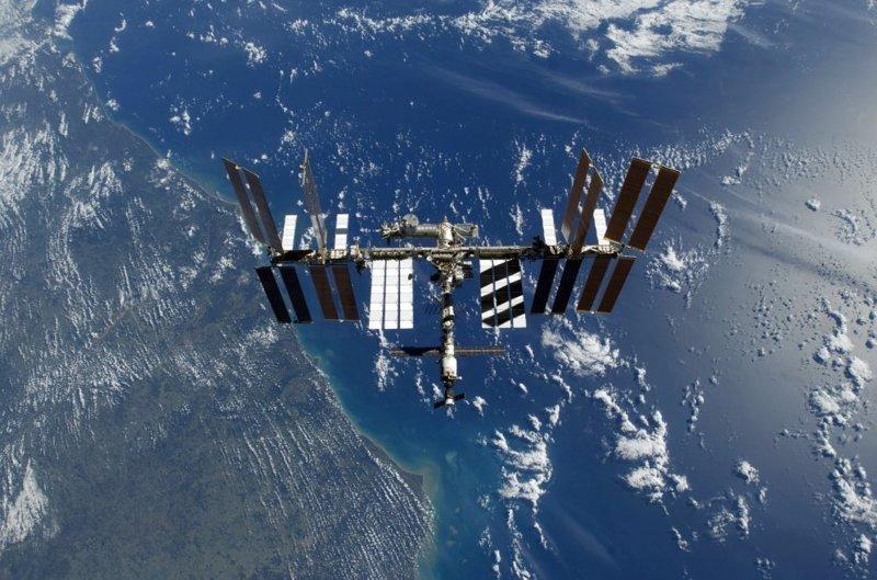 Международная космическая станция над Землей, 2009 год земля, космос, красота, природа, фото