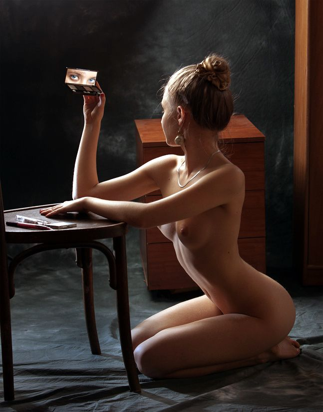 katalog-fotografiy-erotiki-devushek