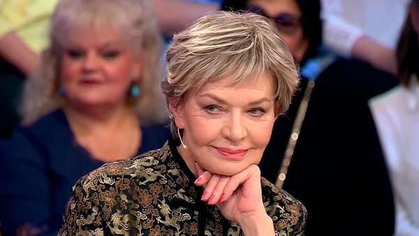 Людмила Чурсина: «Говорили, что я получила звание, танцуя перед Политбюро на столе»