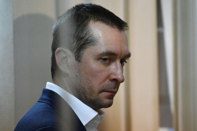 Мать Захарченко вела учет денег сына в школьной тетради – прокурор