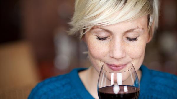 Польза небольших доз алкогол…