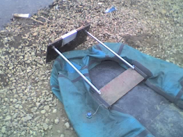 крепление подвесного мотора на транце надувной лодки