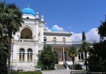 Историческое здание Дворца эмира Бухарского в Ялте разваливается на глазах