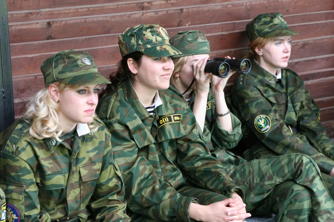 Девушки пойдут в армию по призыву