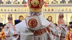 Через сколько Константинопольские попы станут для хохлов врагами и агентами Кремля?