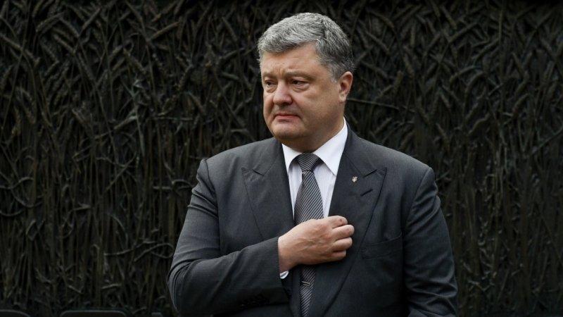 На кону жизнь Порошенко: в России предложили не признавать итоги выборов на Украине