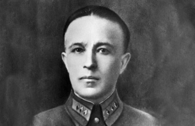 «Я совестью и Родиной не торгую!»: какой подвиг совершил генерал Карбышев