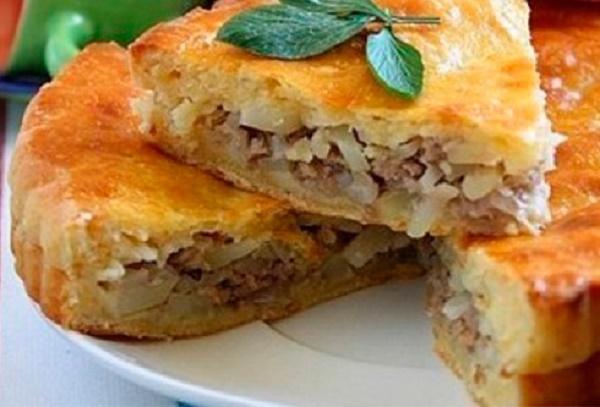 Приготовьте на ужин: «Пирог с мясом и картофелем»