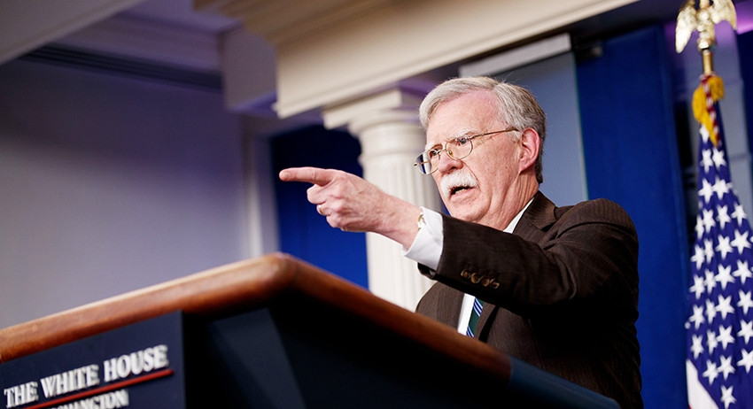 США придумали как всех обмануть и оставить свои войска в Сирии