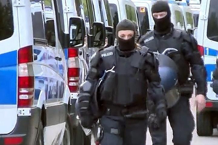 На Украине маршрутка врезалась в фуру, 11 человек погибло