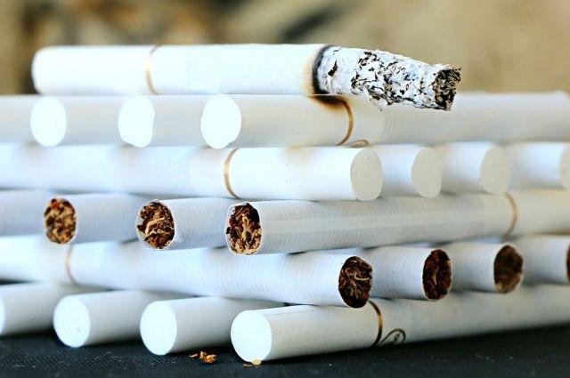 Минфин предложил увеличить цену акцизных марок для импортных сигарет