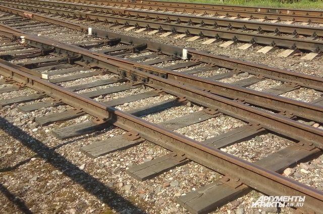 В Татарстане поезд столкнулся с автомобилем, четыре человека погибли