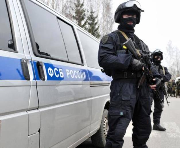Спецназ ФСБ задействовал в ходе антитеррористического учения в Крыму роботизированную технику