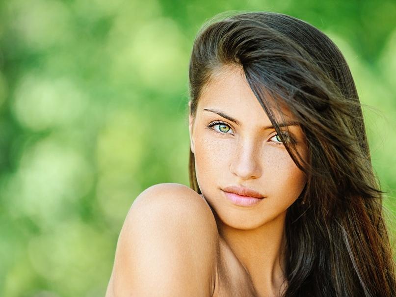 Женщины, которые ценят себя, делают эти 9 вещей в отношениях