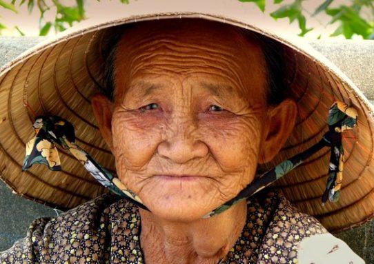 Притча о счастье слезливой старухи