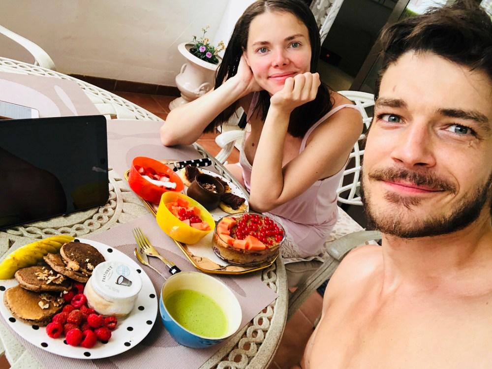 Михаил Боярский подтвердил вторую беременность Лизы