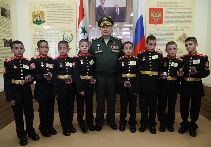 Сирийские мальчики ─ кадеты России