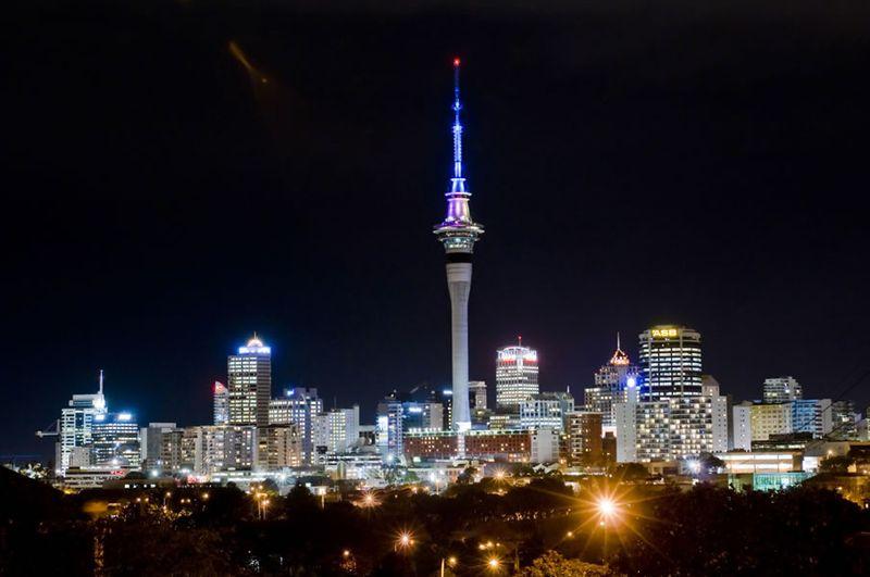 Мировые достопримечательности ночью (25 фото)