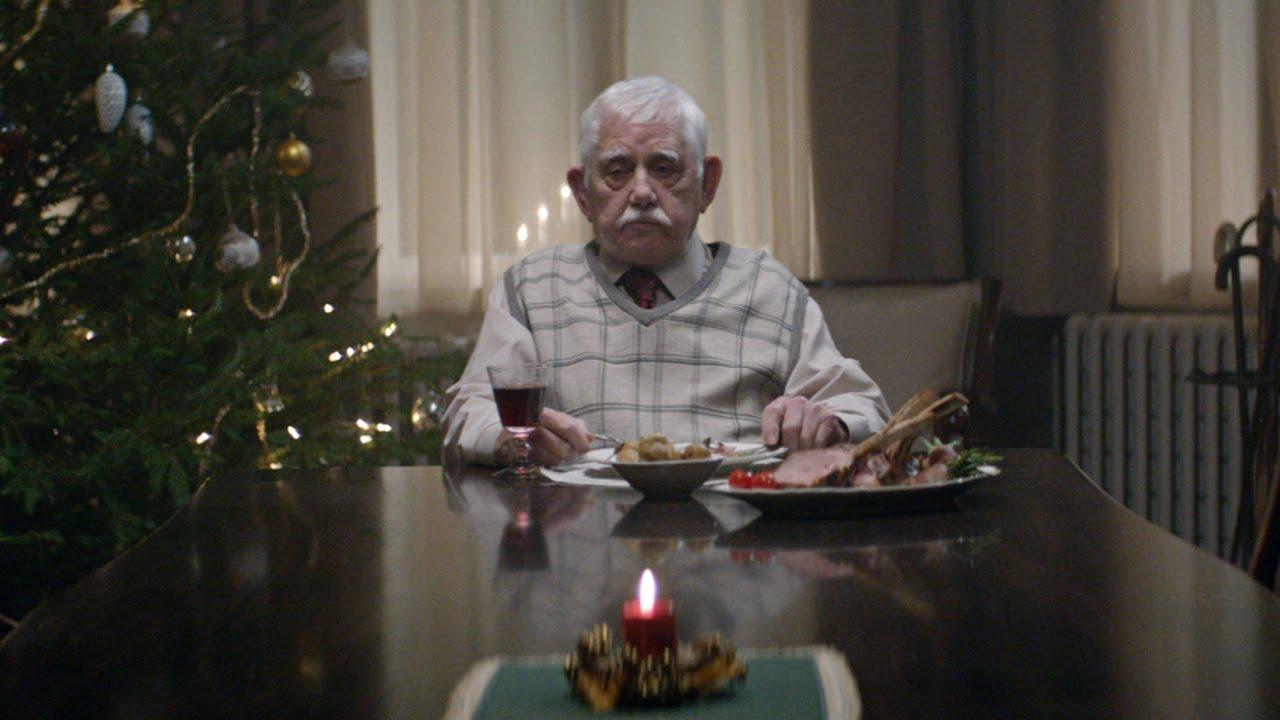 Картинки по запроÑу EDEKA Weihnachtsclip - #heimkommen
