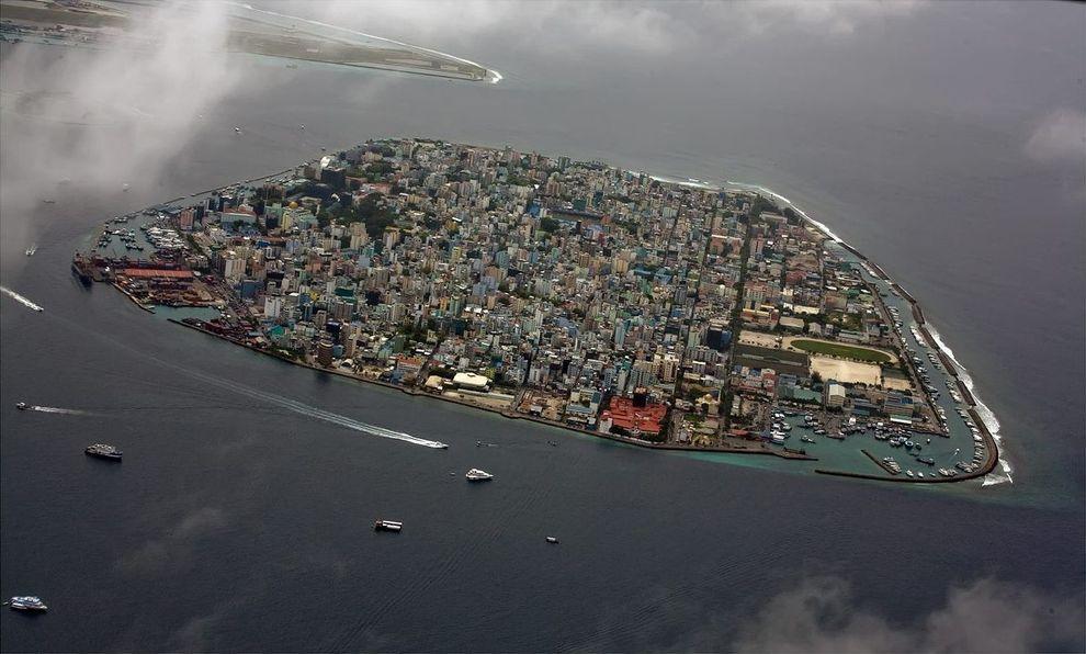 Maa Lay01 Город в океане