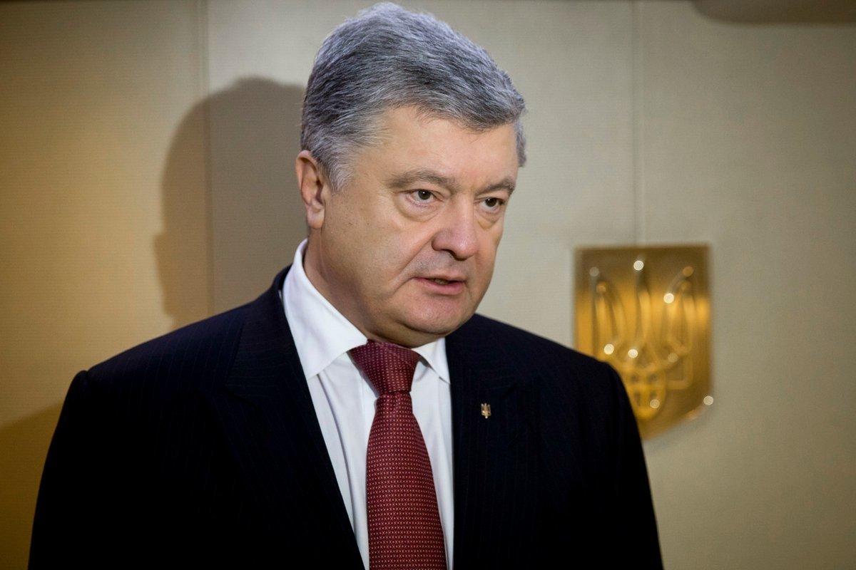 Петр Порошенко ввел в действие дополнительные персональные санкции против России